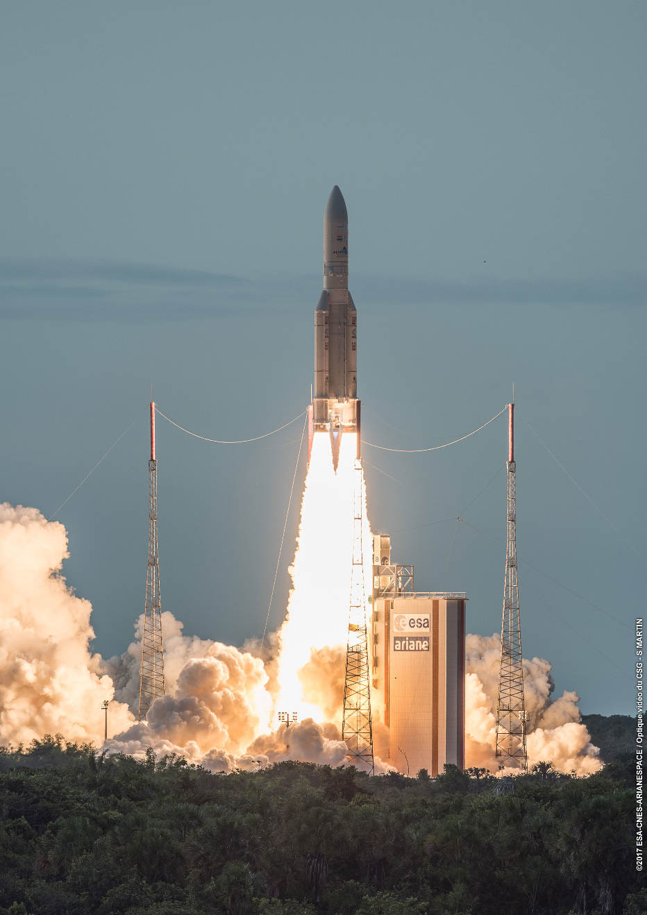80th consecutive success for Ariane 5