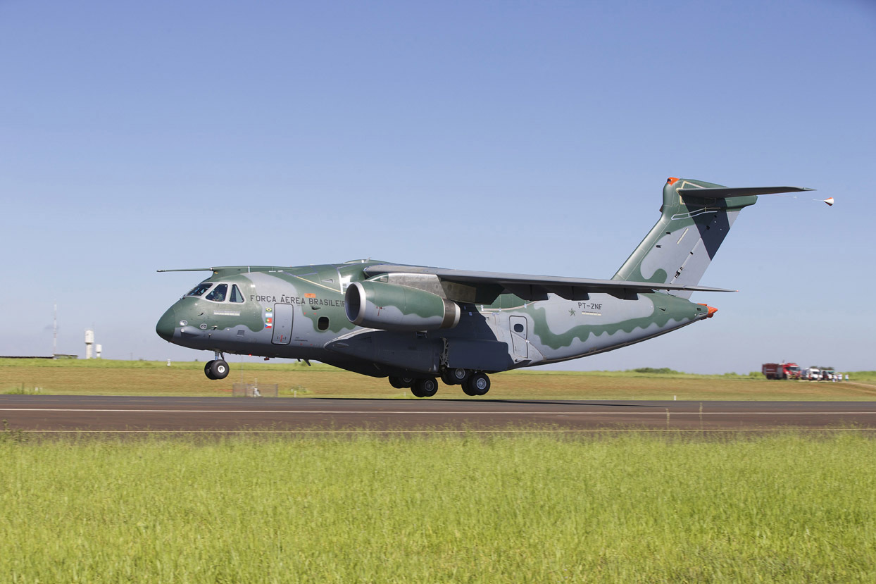 Farnborough 2016: Embraer and Boeing to collaborate on KC-390 airlifter