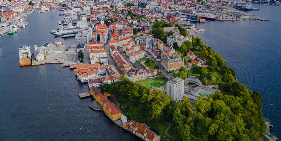 UTM: Frequentis and Altitude Angel enter the Norwegian market