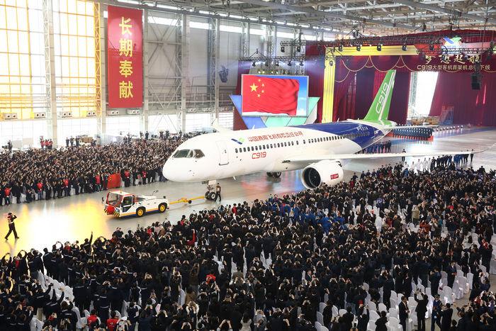 COMAC sees $6 trillion commercial aircraft market