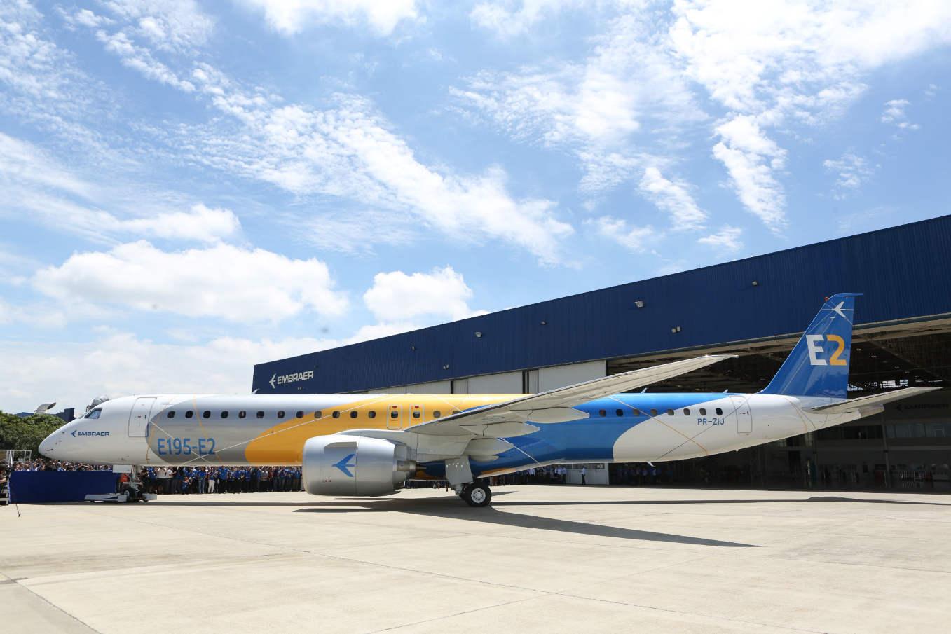 Embraer presents E195-E2