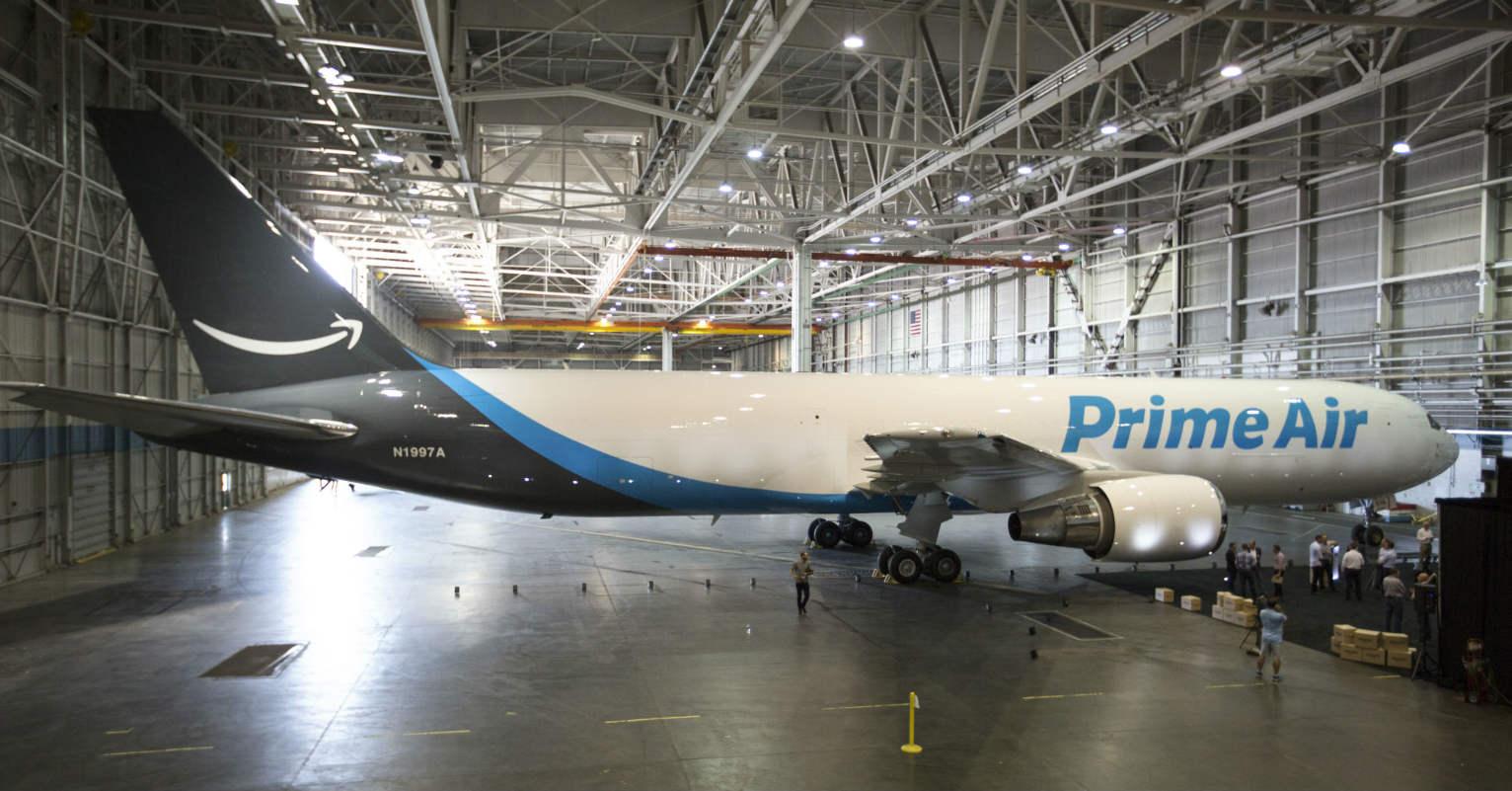 Amazon announces air hub plan