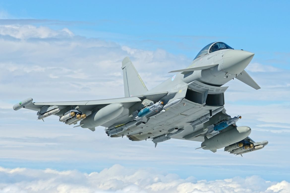 Eurofighter signs Typhoon support contracts
