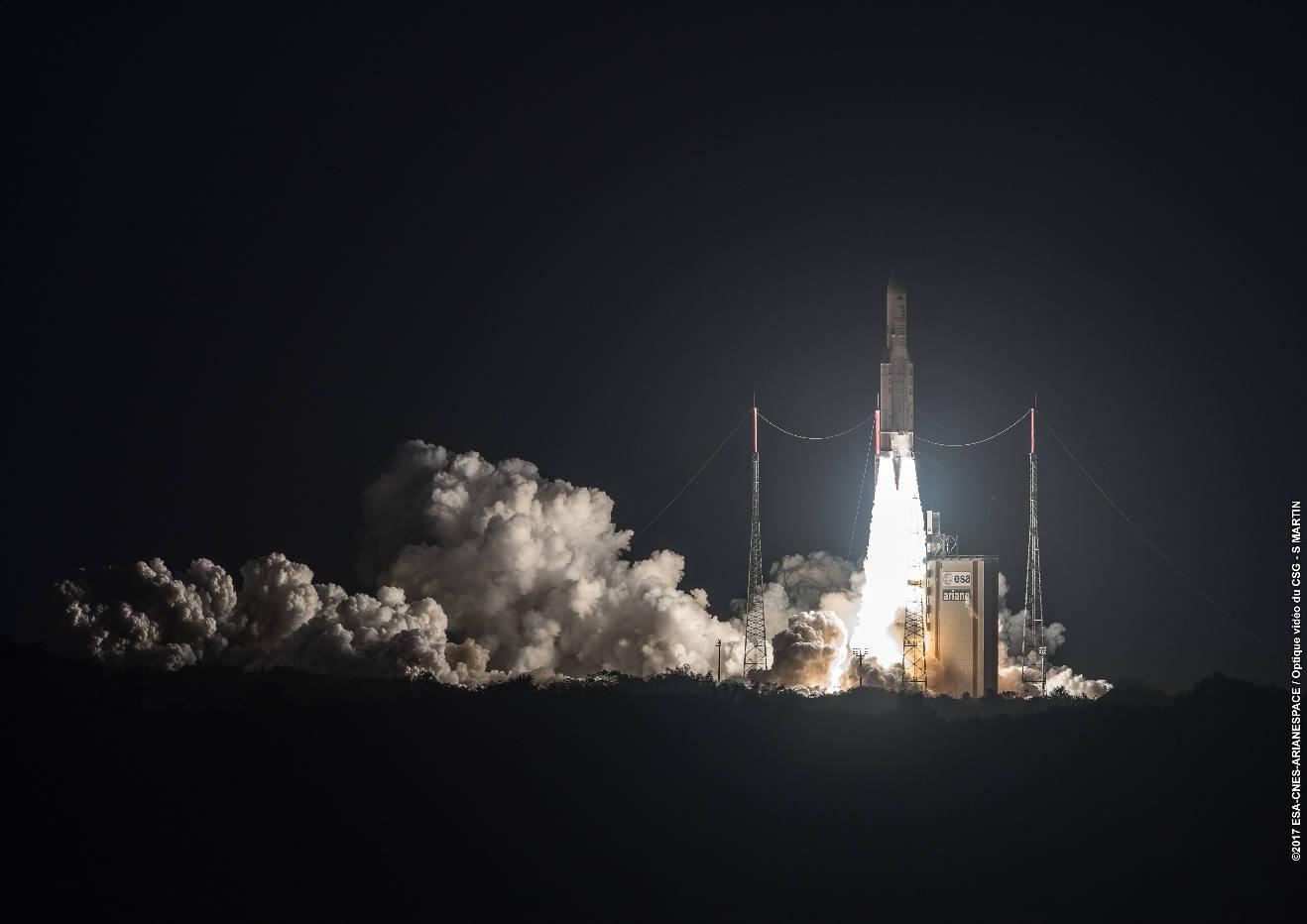 Ariane 5 launches Korean, Brazilian payloads