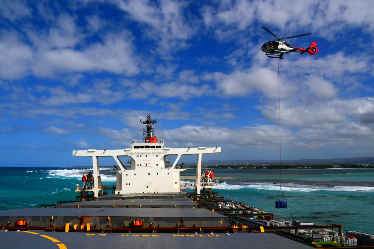 Corail Hélicoptères on the front lines of Mauritius oil spill with the H130