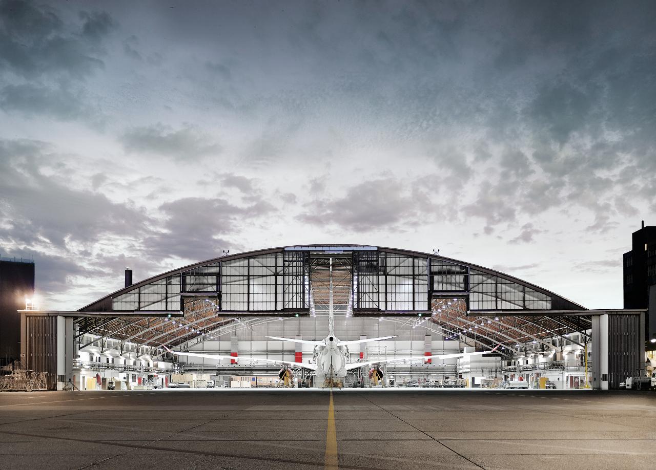 HNA Aviation buys majority stake in SR Technics