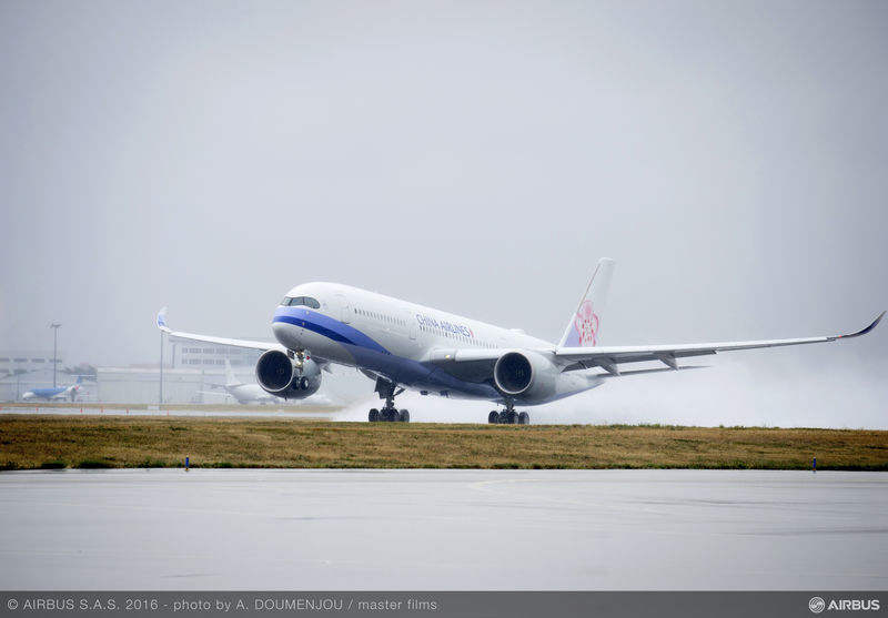 China Airlines signs maintenance, training deal with Airbus