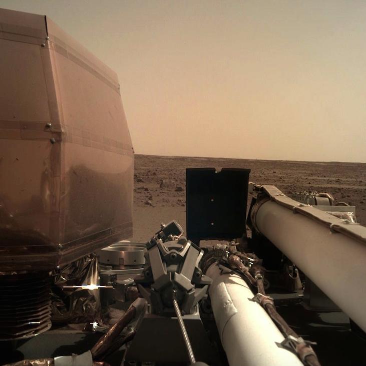 NASA InSight lander arrives on Mars