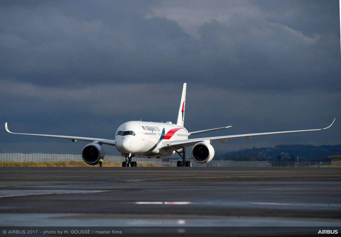 Malaysia Airlines gets first A350 XWB