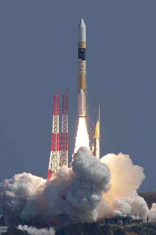 Japan pursues military satellite deployment
