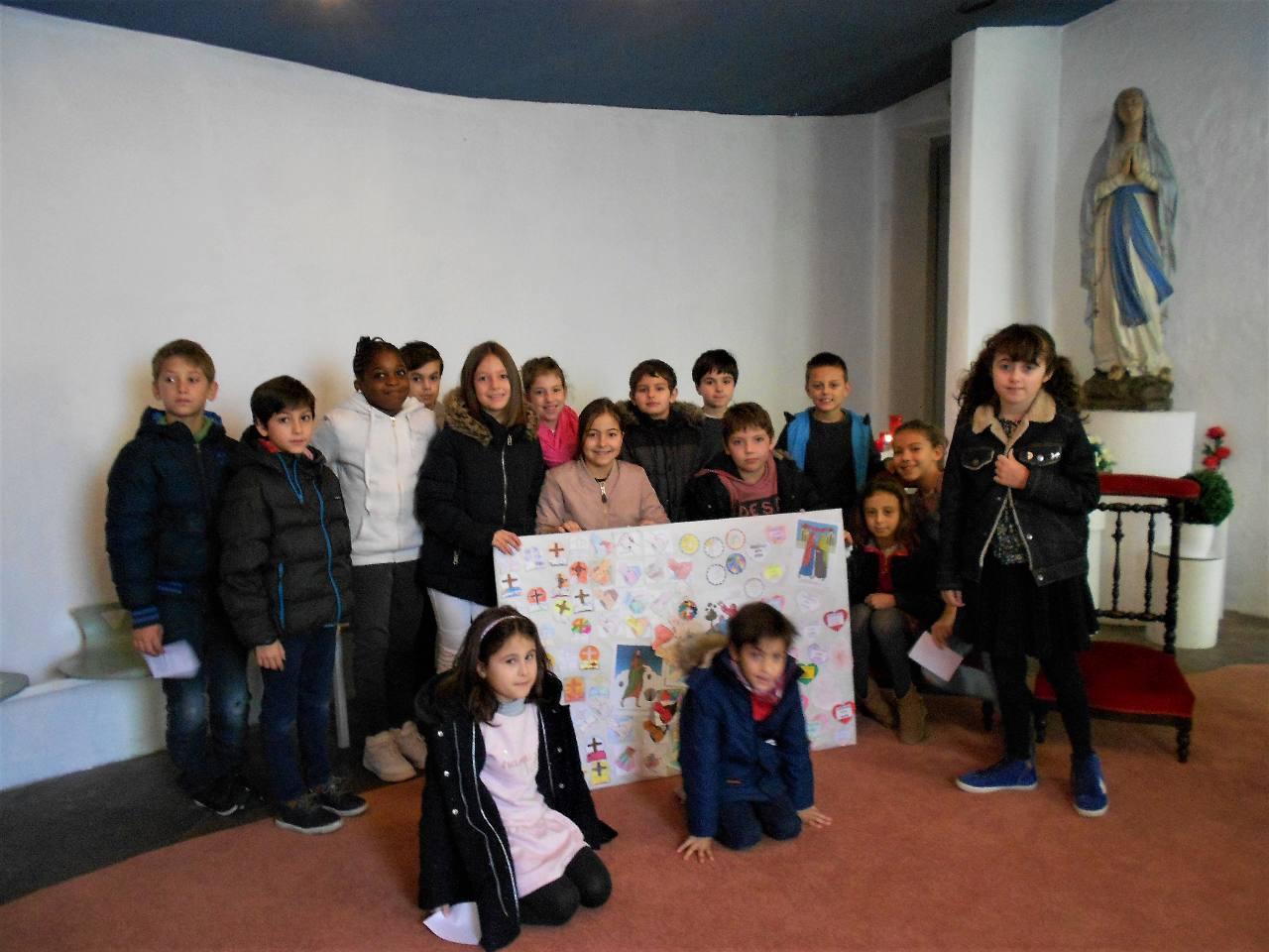 Quatrième dimanche du temps de l'Aventdes enfants du catéchisme et un joli anniversaire!