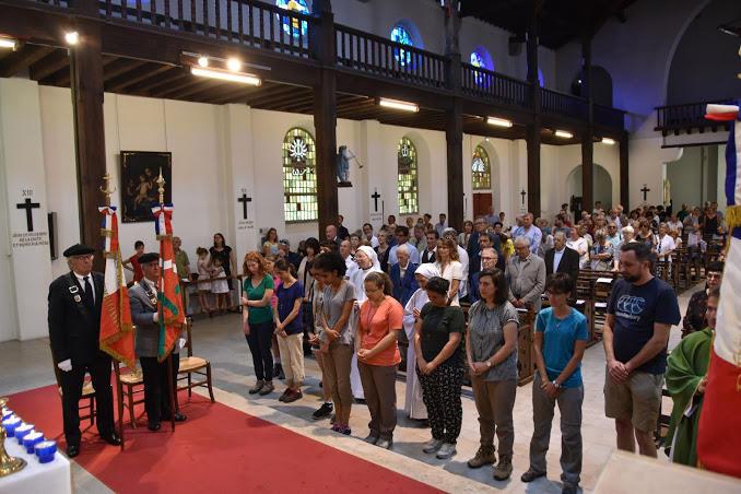 Bénédiction des jeunes et de leurs accompagnateurs