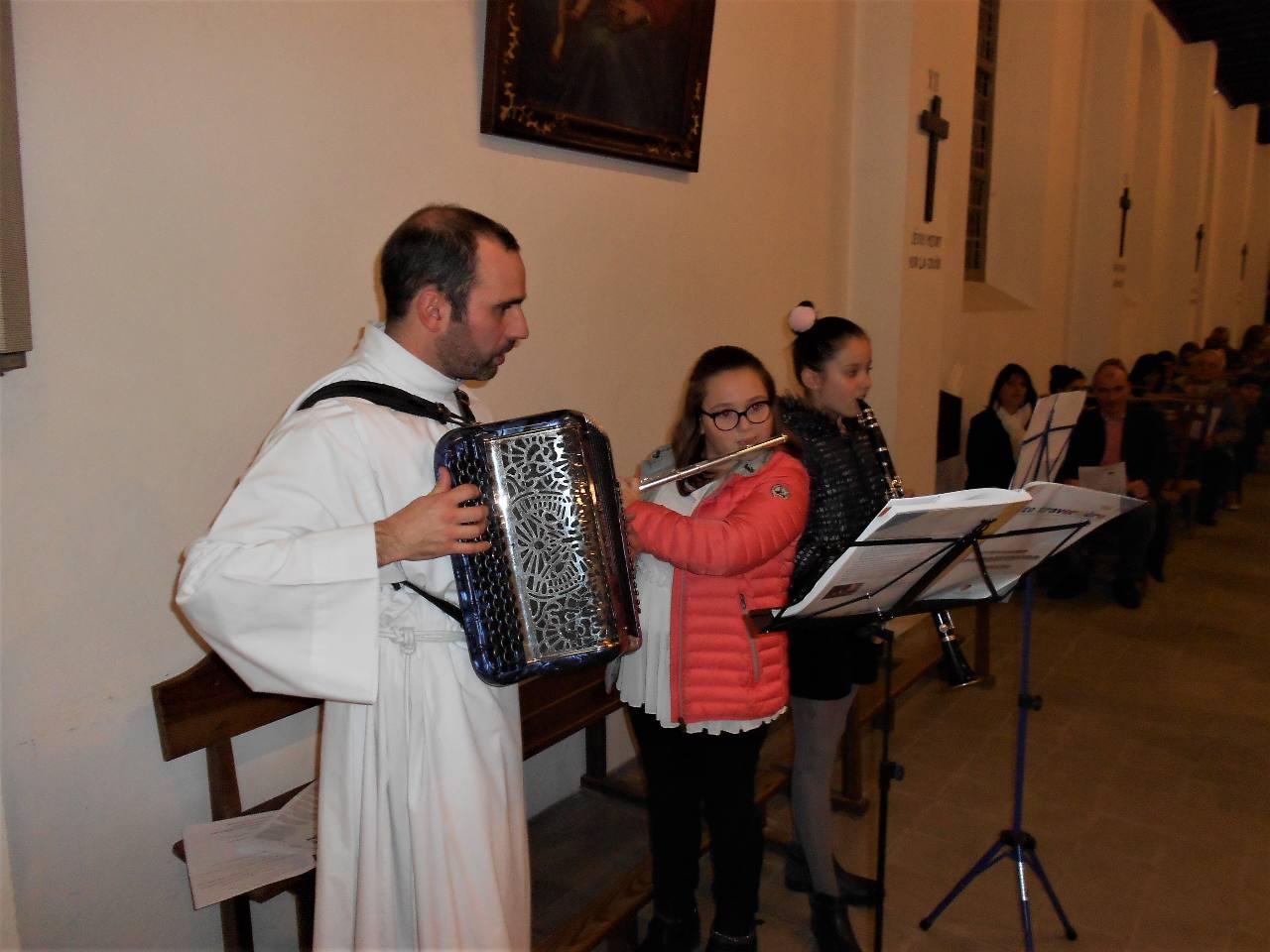 Pause musicale, avec aussi Iban, après la communion