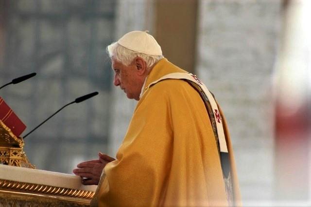2008 canonisation  par Benoît XVI.jpg