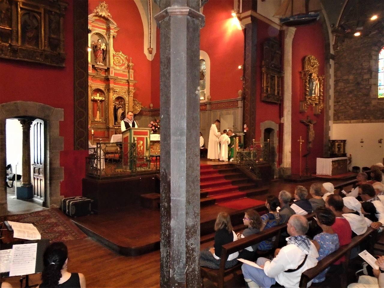 """2e lecture en basque : """"Vivez dans l'amour comme le Christ"""""""
