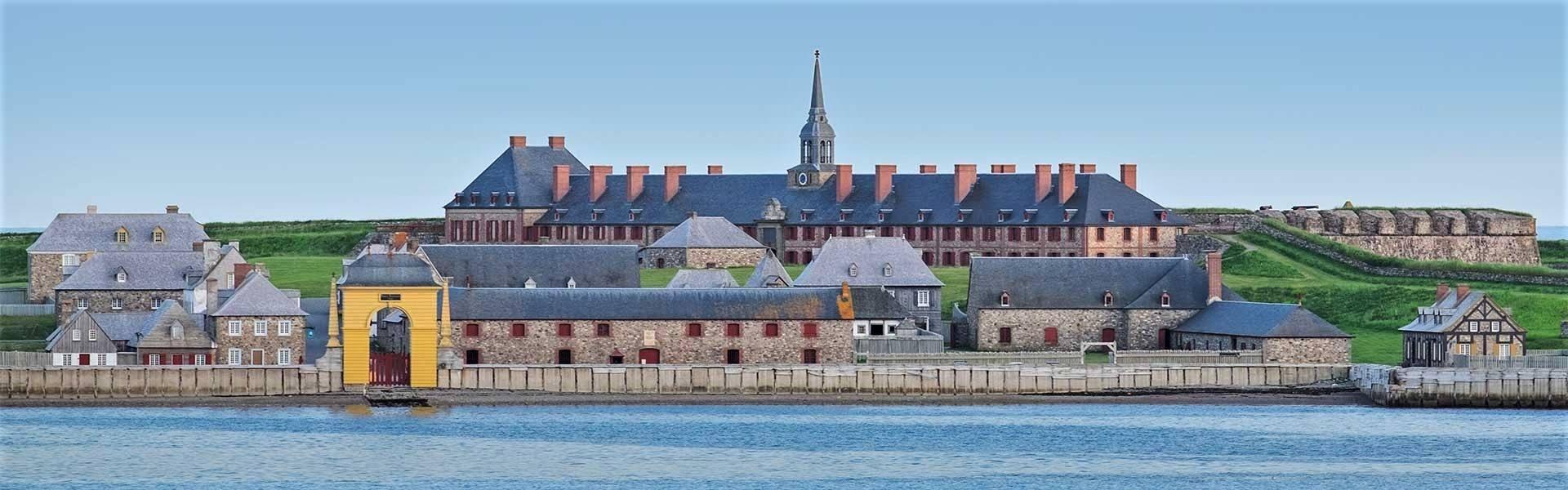 En trois épisodes: Louisbourg et les Hendayais
