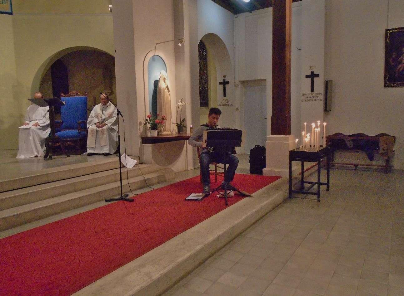Méditation sur plusieurs tempos avec Oliver et son accordéon