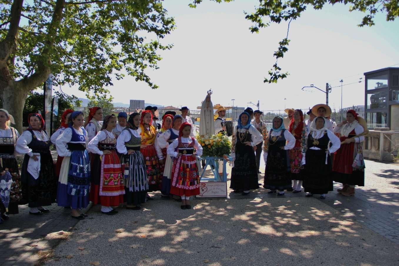 """Le groupe """"Flores de Portugal"""" d'Anglet"""