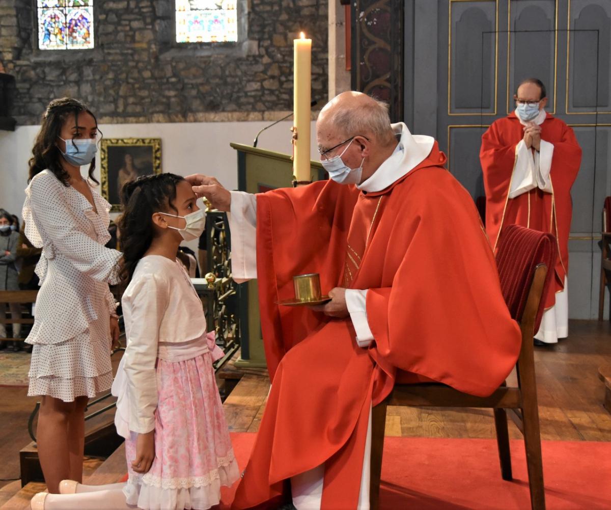 """""""Teresa, sois marquée de l'Esprit Saint, le don de Dieu"""""""