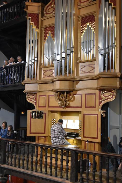 A l'orgue, Philippe Guillmard