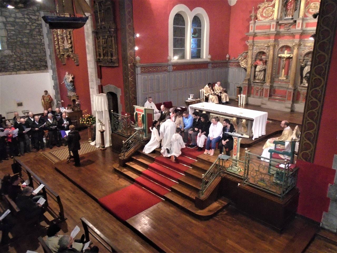 Célébration de la Sainte Cène - Jeudi Saint - «Aimer et servir»