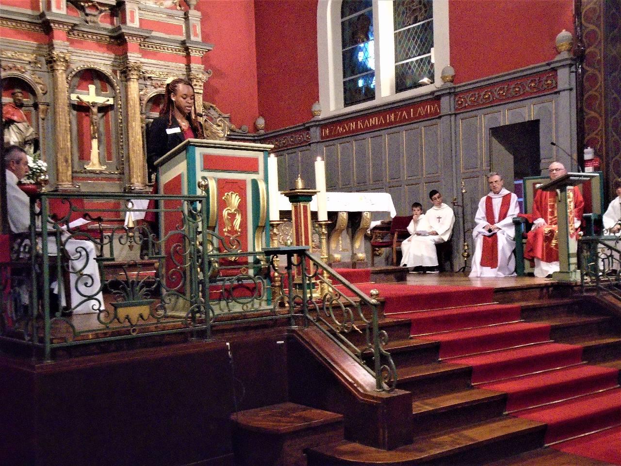 """Belange : Lecture du livre de St Paul apôtre aux Philippiens : """"...si l'on est en communion dans l'Esprit, ..."""""""