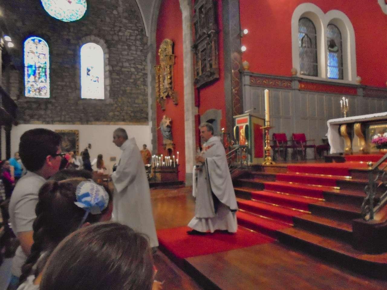 Notre Dame de Fatima en marche pour que tous les fidèles puissent l'approcher