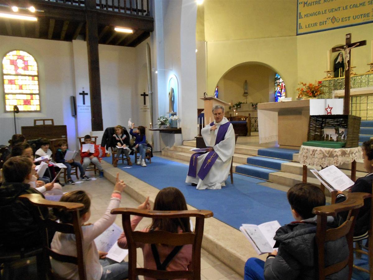 Rencontre des enfants de l'Eveil à la Foi * Jésus naît à Bethléem *