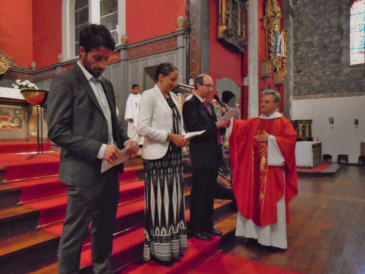 Mot d'accueil par les parents en espagnol, en français et en basque