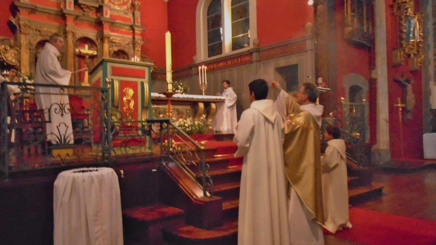 Encensement du cierge pascal, Lumière du Christ pour toute l'année