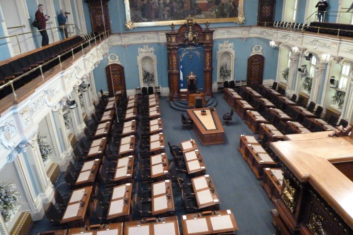 Québec, salle du Parlement.JPG