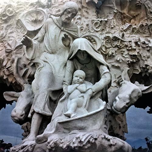 La Sainte Famille sur la façade de la Nativité de la Sagrada Familia - Barcelone