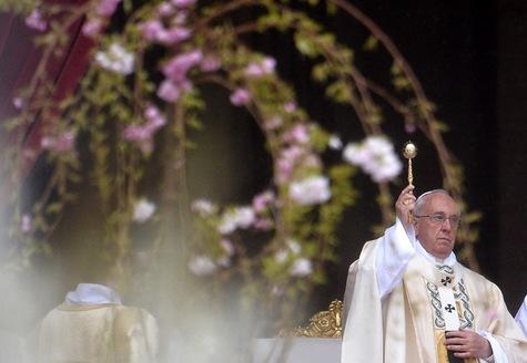 Le pape François s'élève contre « les souffrances de nos frères chrétiens »