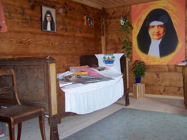 Maison natale - chambre de Maria Bernarda.jpg