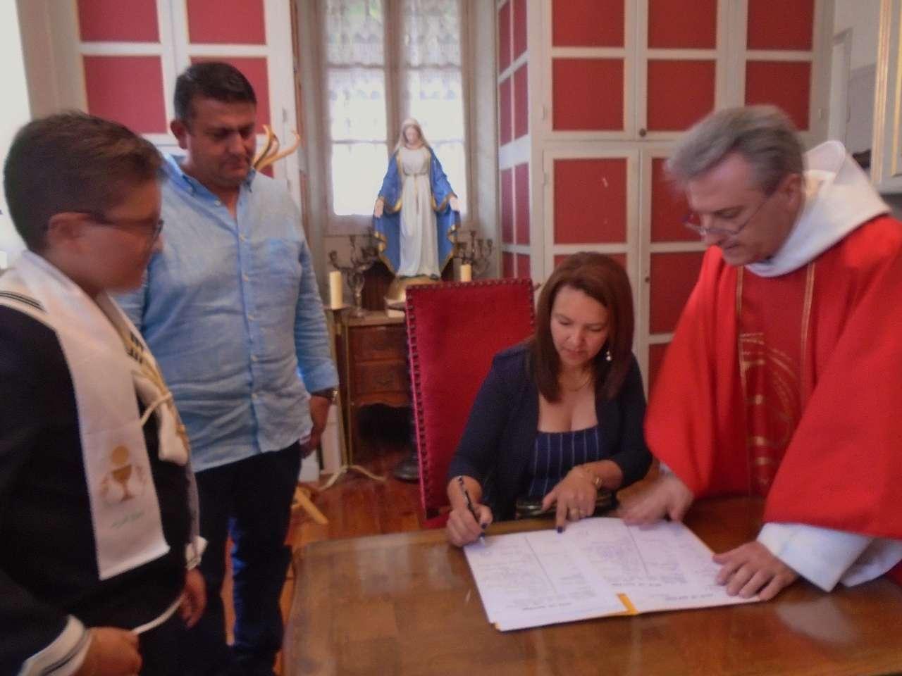 Signature des registres pour Juan Pablo