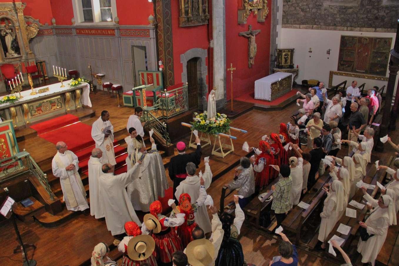 Au revoir à Notre Dame de Fatima à la manière portugaise