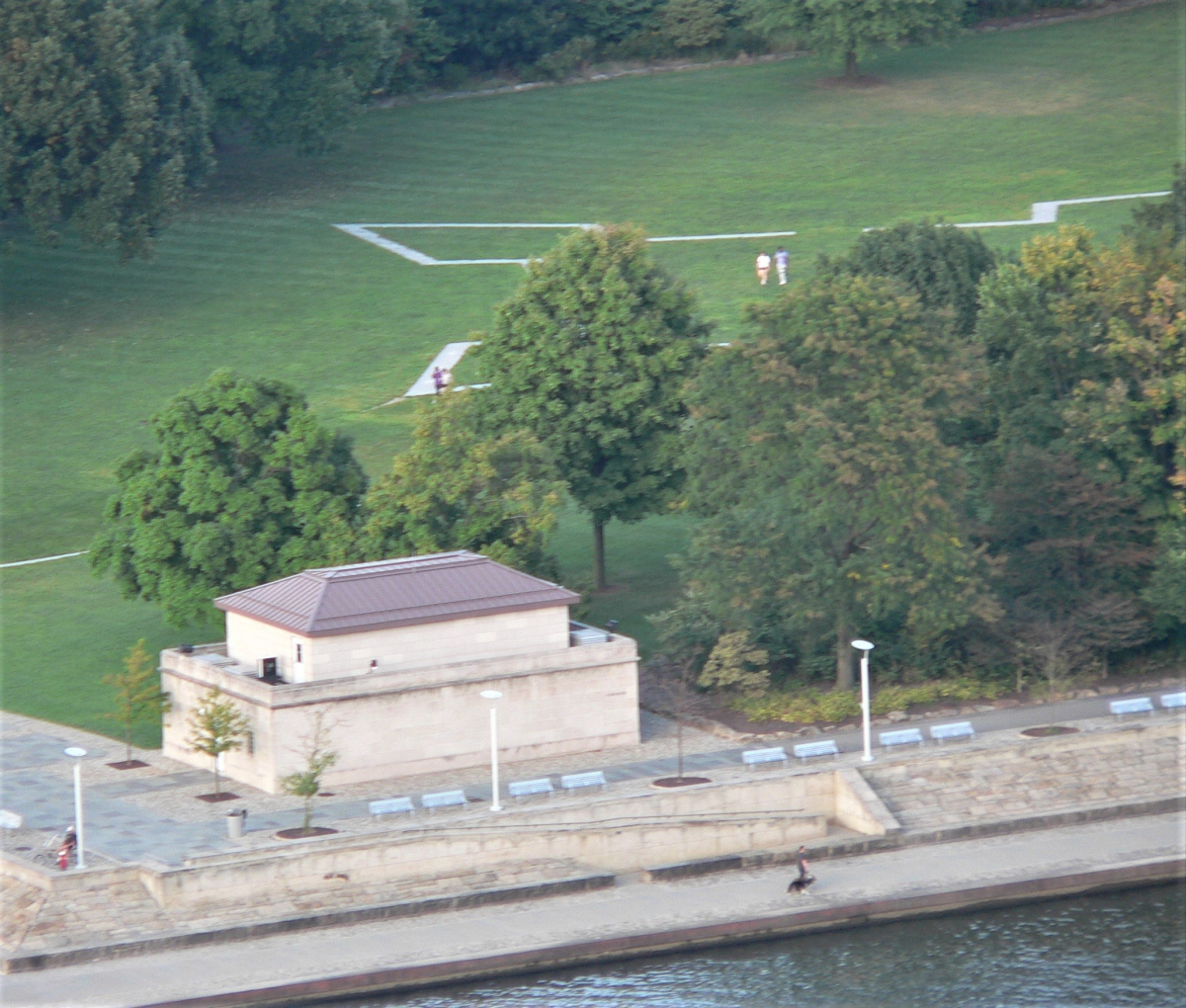 Marquage au sol du Fort Duquesne (2).jpg