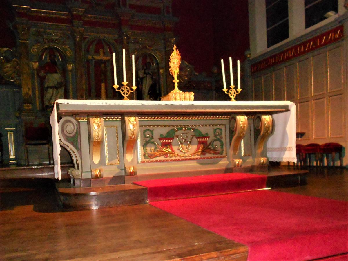 Adoration à l'église Saint Vincent