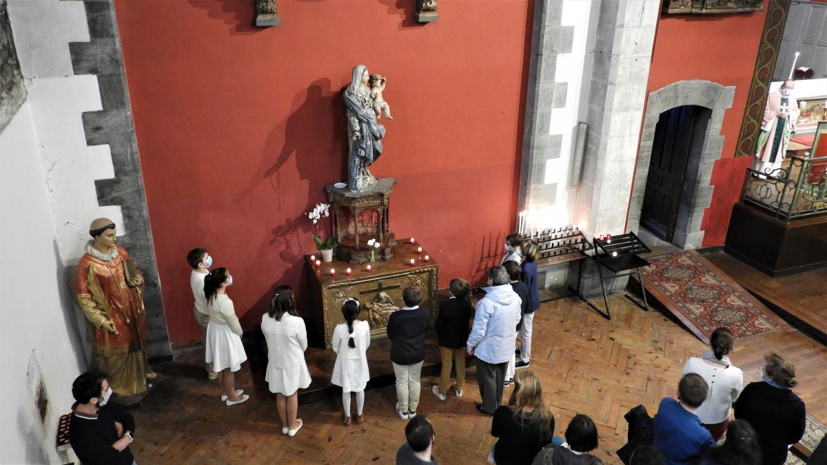Prière à Marie..JPG