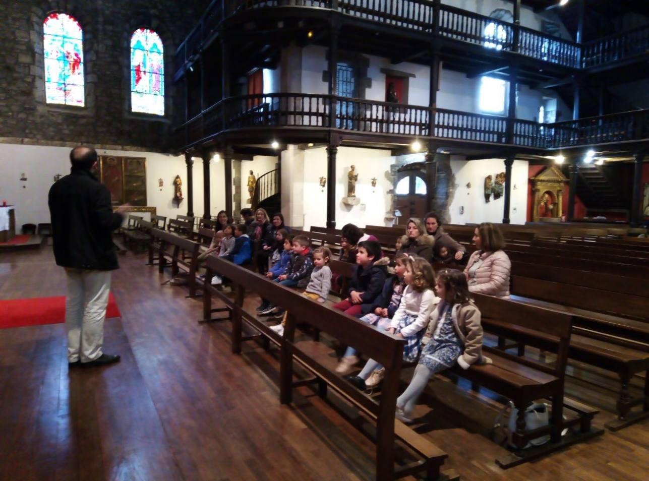 Visite de l'église Saint Vincent avec la Petite Enfance