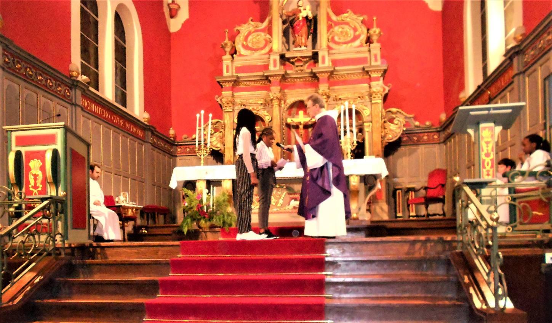 Ryanna et Adriana demandent le baptême