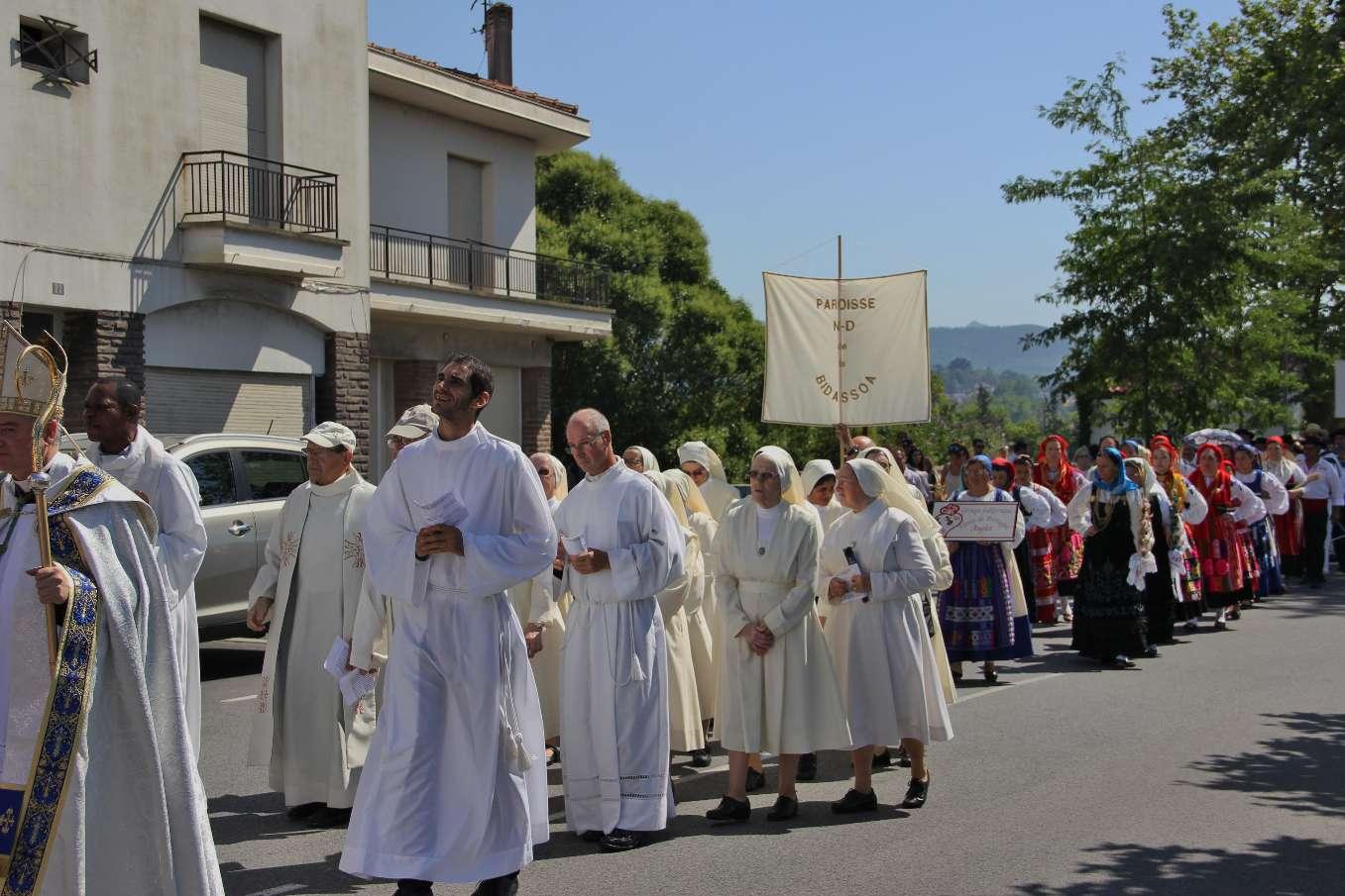 """Les soeurs, """"Servantes de Jésus"""" d'Irun se sont jointes à leurs soeurs vivant à Hendaye"""
