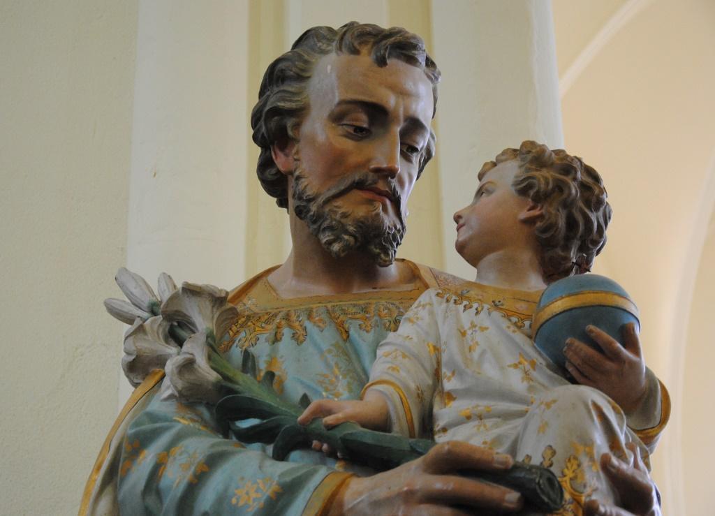 Saint Joseph, l'enfant Jésus et la fleur de lys
