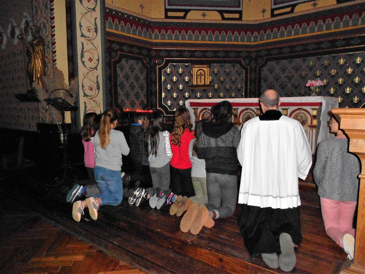 Nos jeunes 6e fin prêts pour accueillir Jésus à Noël!