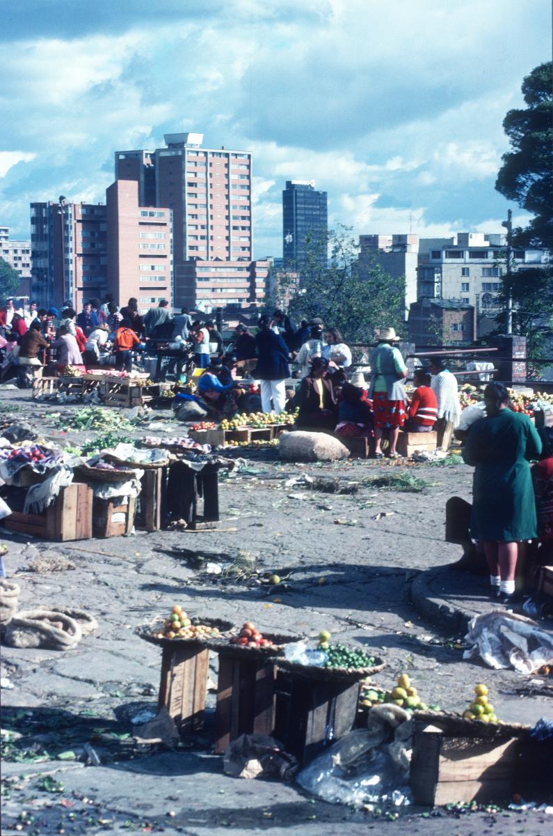 Bogota, deux mondes cohabitent sans trop se croiser.jpg