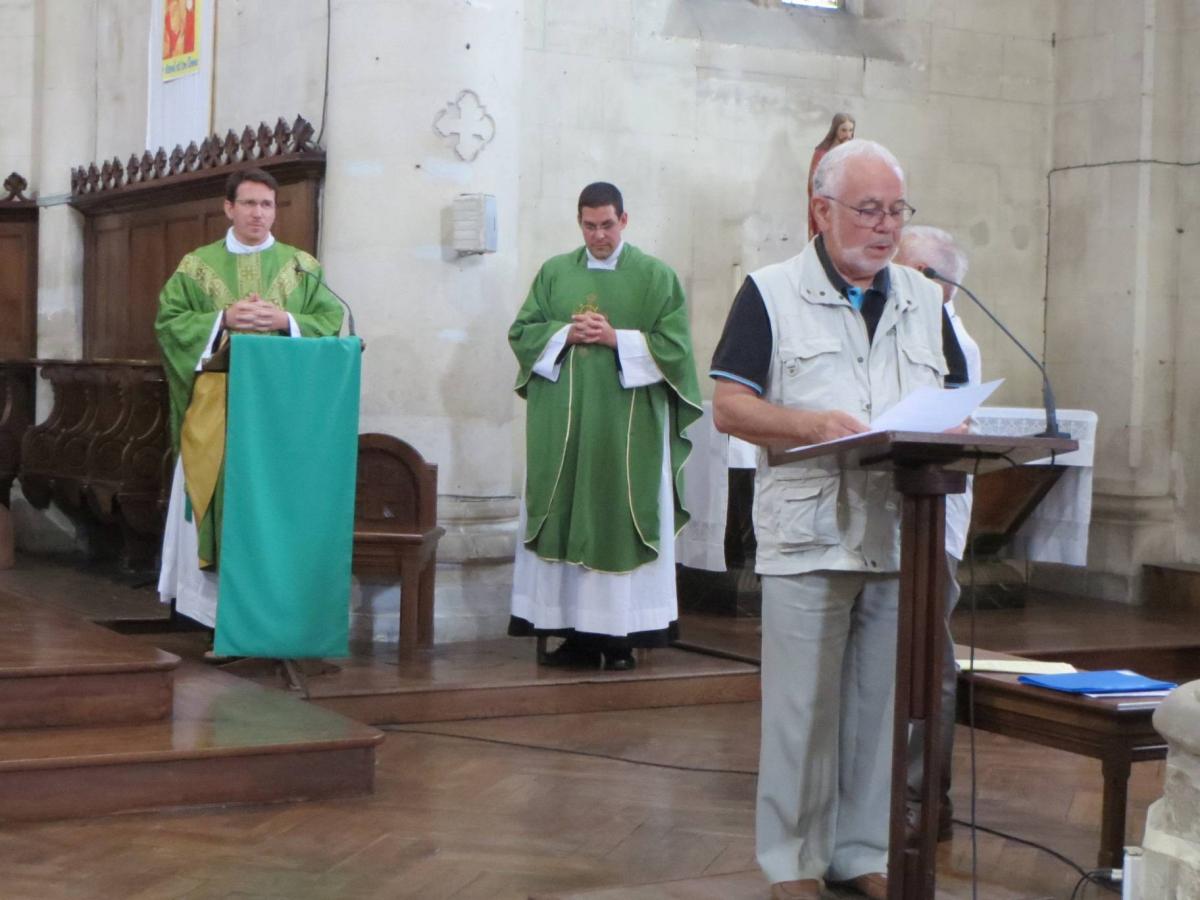 Accueil du nouvel administrateur de la paroisse de Saint Michel l'Abbaye