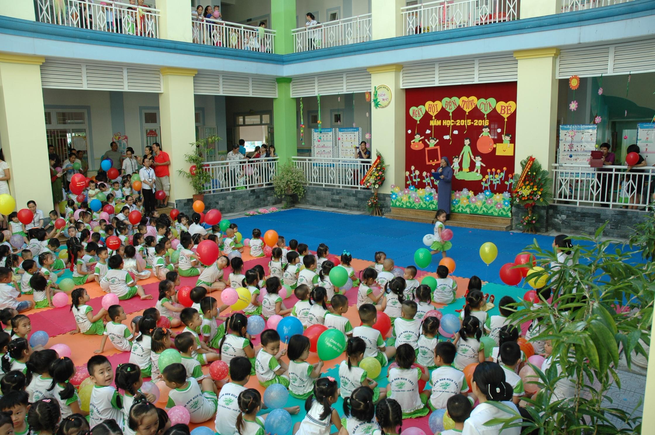 Rentrée à l'école de Huê, le 15/09/2015