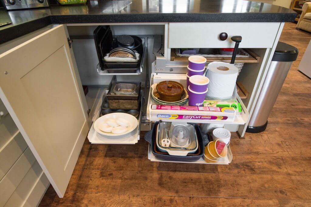 kitchen corner cabinet pullout