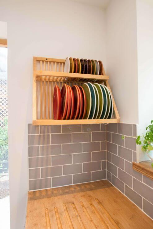 plate rack in compact kitchen