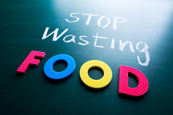10 modi per non sprecare cibo